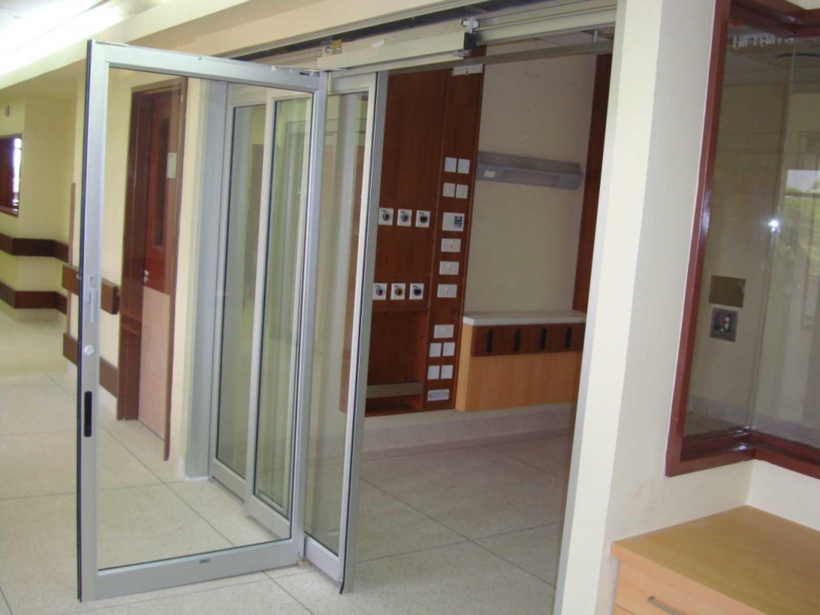 7500 TL (Door 10E) --